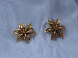 Vintage Gold Plated Flower Earclips signed 'Monet'